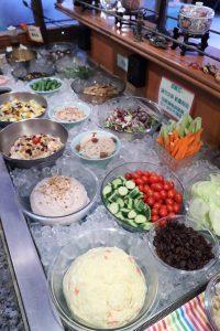 圖/新鮮蔬果沙拉吧